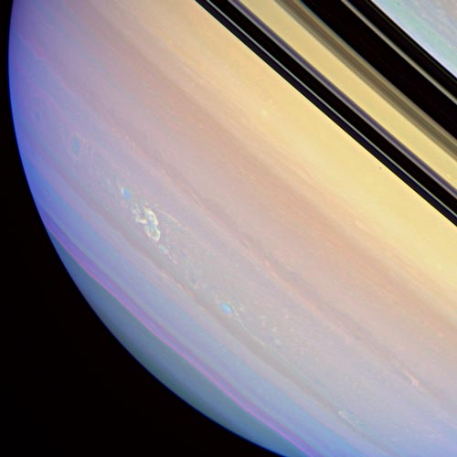 [electrical storm on Saturn]